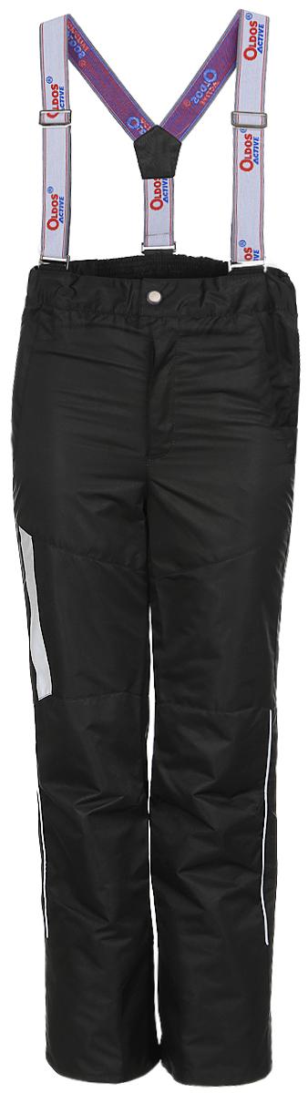 Брюки для мальчика OLDOS ACTIVE Макс, цвет: черно-серый. 17/OA-3PT525-2. Размер 140, 10 лет17/OA-3PT525-2Удобные и функциональные брюки для мальчика Oldos Active Макс идеально подойдут в прохладное время года. Брюки изготовлены из водоотталкивающей и ветрозащитной ткани. Внешнее покрытие Teflon отталкивает грязь и воду, продлевает срок службы изделия, а нанесенная с изнаночной стороны ткани мембрана 3000/3000 позволяет дышать - отводит излишнюю влагу наружу, поддерживая комфортную для тела ребенка атмосферу. Приятная к телу подкладка из качественного полиэстера дополнена по низу ветрозащитной муфтой с антискользящей резинкой.Легкие и не стесняющие движения брюки рассчитаны на температуру воздуха от 0°С до +15°С.Удобные и функциональные брюки прямого покроя застегиваются на кнопку и липучку в поясе, а также имеют ширинку на застежке-молнии. Сзади на поясе предусмотрена широкая резинка. Съемные эластичные наплечные лямки регулируются по длине и крепятся к поясу. Спереди находятся два втачных кармашка на застежках-молниях.Светоотражающие элементы не оставят вашего ребенка незамеченным в темное время суток.