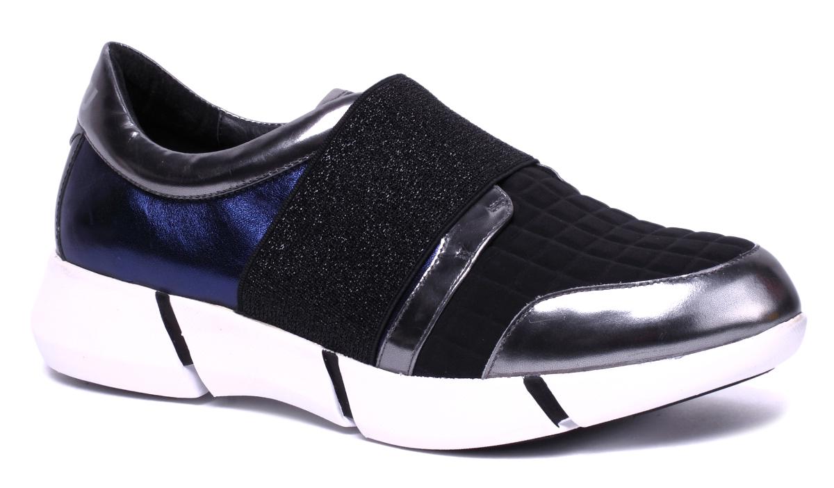 Кроссовки женские Un1ta, цвет: черный. U712M-1K. Размер 38U712M-1KСтильные женские кроссовки от Un1ta отлично подойдут как для занятий спортом, так и для ежедневного использования. Верх обуви выполнен из натуральной кожи с текстильной вставкой на мысе. Резинка с люрексом обеспечивает надежную фиксацию изделия на ноге. Подкладка и стелька из текстиля, обеспечивают дополнительный комфорт и предотвращают натирание. Подошва обеспечивает легкость и естественную свободу движений. Стильные кроссовки придутся вам по душе.