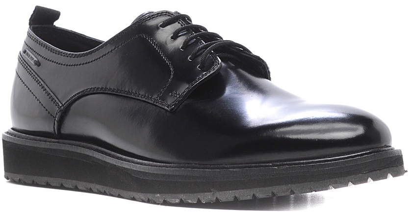 Туфли мужские Marko, цвет: черный. 271025. Размер 42271025Элегантные мужские туфли от Marko отлично дополнят ваш деловой образ.Модель выполнена из высококачественной натуральной кожи, оформлена декоративным внешним швом. Классическая шнуровка на подъеме обеспечит оптимальную посадку модели на ноге. Кожаная стелька обеспечивает максимальный комфорт при движении. Подошва с рифлением обеспечивают отличное сцепление с поверхностью.