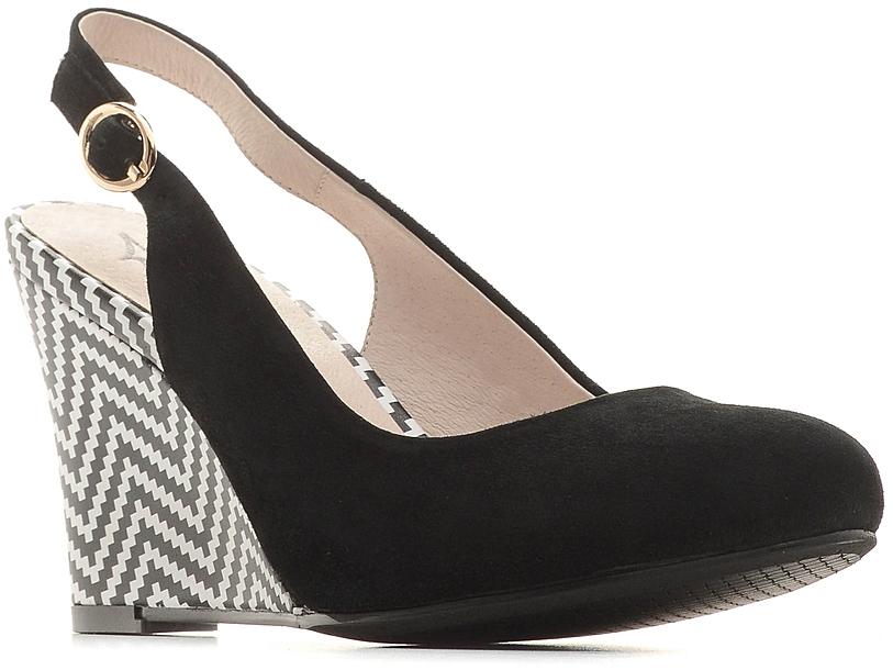 Туфли женские Marko, цвет: черный. 141258. Размер 37141258Элегантные туфли на танкетке выполнены из натурального велюра. Внутренняя поверхность и стелька из натуральной кожи обеспечат комфорт при движении. Ремешок с металлической пряжкой надежно зафиксирует модель на вашей щиколотке.Эти туфли можно сочетать с самыми разнообразными вещами вашего гардероба, в них вашим ногам будет комфортно и уютно.