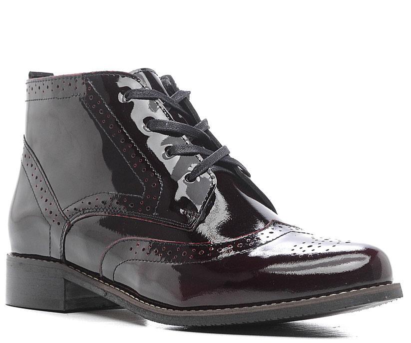 Ботинки женские Marko, цвет: бордовый. 12375. Размер 3612375Элегантные ботинки не оставят вас равнодушной благодаря своему дизайну и качеству. Модель изготовлена из натуральной лакированной кожи и дополнена устойчивым каблуком. Шнуровка надежно зафиксирует модель на ноге.Внутренняя поверхность и стелька выполнены из текстиля, что обеспечивает комфорт. Подошва изготовлена из легкой и прочной резины, а ее рифление гарантирует отличное сцепление с любой поверхностью. Такие стильные ботинки подчеркнут вашу женственность и благородный стиль.