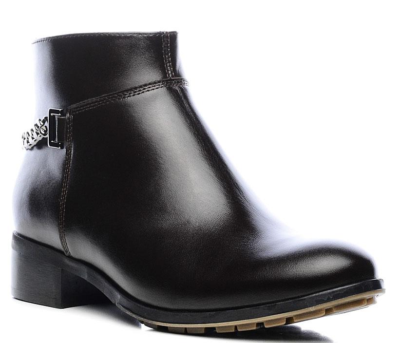 Ботинки женские Marko, цвет: темно-коричневый. 12351. Размер 3712351Стильные ботинки выполнены из высококачественной натуральной кожи и дополнены устойчивым каблуком. Застежка-молния отлично зафиксируют модель на ноге. Текстильная стелька и внутренняя поверхность обеспечивают максимальный комфорт при движении. Подошва оснащена рифлением.