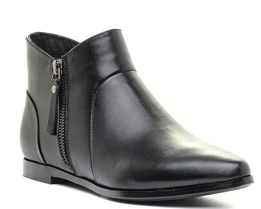Ботинки женские Marko, цвет: черный. 12313. Размер 4012313Стильные ботинки выполнены из высококачественной натуральной кожи. Застежка-молния на подъеме отлично зафиксируют модель на ноге. Текстильная стелька и внутренняя поверхность обеспечивают максимальный комфорт при движении. Подошва оснащена рифлением.