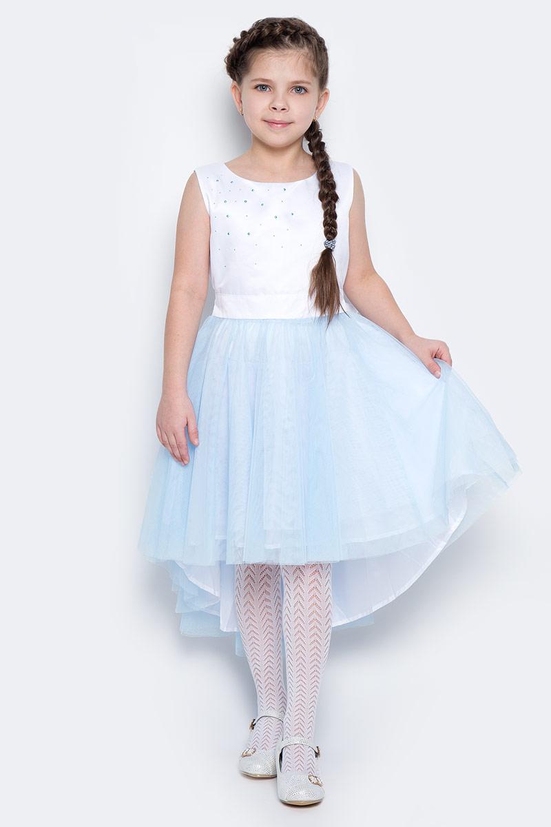 Платье для девочки PlayToday, цвет: белый, голубой. 462021. Размер 98, 3 года462021Нарядное платье для девочки без рукавов и с круглым вырезом горловины. Верх выполнен из мягкого гипюра, хлопковая подкладка обеспечивает максимальное удобство. Удлиненная задняя часть создает эффект шлейфа. Украшено асимметричной россыпью жемчужных страз с правого плеча. Застегивается на потайную молнию на спинке.