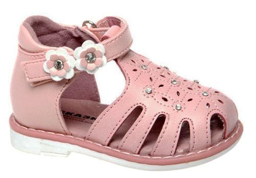 Сандалии для девочки Сказка, цвет: белый, розовый. R921310426. Размер 22R921310426Стильные сандалии Сказка придутся по душе вашей моднице! Модель выполнена из искусственной и натуральной кожи. Обувь оформлена оригинальным принтом. Мягкая стелька с поверхностью из натуральной кожи.Удобные сандалии - необходимая вещь в гардеробе каждого ребенка.