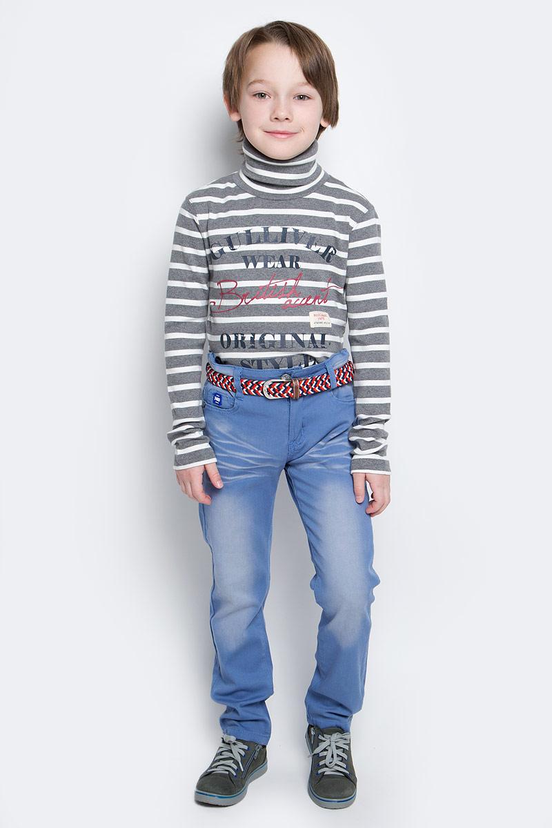 Брюки для мальчика Nota Bene, цвет: синий. SS162B408-9. Размер 128SS162B408-9Брюки для мальчика Nota Bene изготовлены из эластичного хлопка. Модель стилизована под джинсы.Прямые брюки застегиваются на застежку-молнию и пуговицу на поясе. Обхват талии регулируется внутренней эластичной резинкой на пуговицах. Модель дополнена двумя втачными карманами и маленьким накладным кармашком спереди, а также двумя накладными карманами сзади. В комплект входит плетеный ремень с металлической пряжкой.