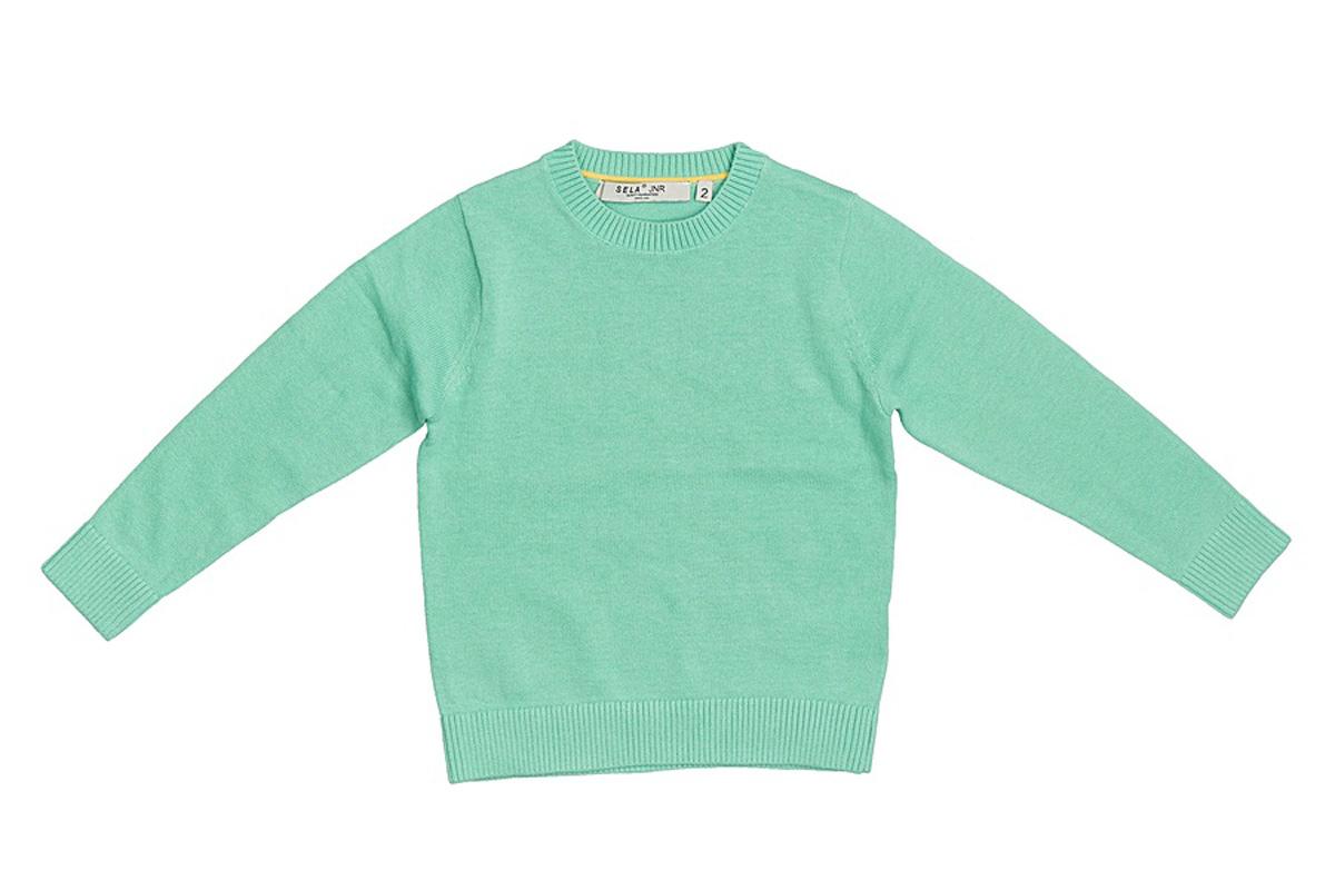 Джемпер для мальчика Sela, цвет: пыльно-морской. JR-714/168-7161. Размер 104, 4 годаJR-714/168-7161Стильный джемпер для мальчика Sela выполнен из натурального хлопка мелкой вязки. Модель прямого кроя с длинными рукавами подойдет для прогулок и дружеских встреч и будет отлично сочетаться с джинсами и брюками. Мягкая ткань комфортна и приятна на ощупь. Воротник, манжеты рукавов и низ изделия связаны резинкой.