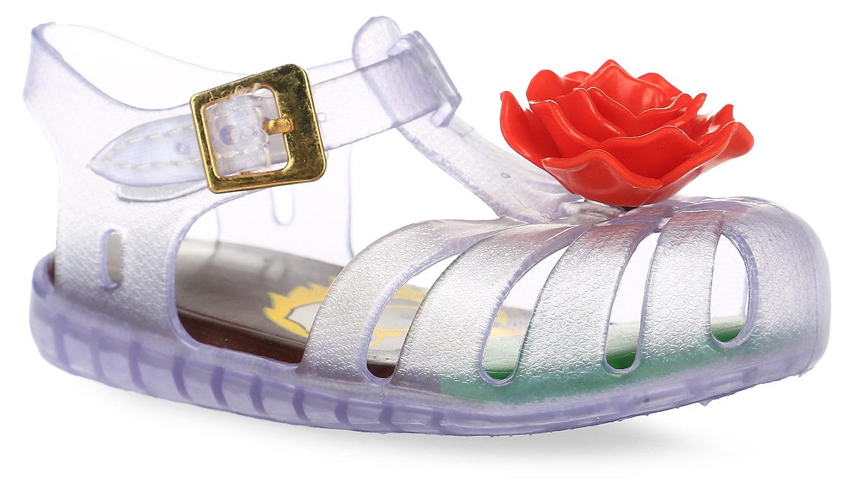 Сандалии для девочки Vitacci, цвет: фиолетовый, красный. 23011-2. Размер 2623011-2Сандалии для девочки от Vitacci выполнены из силикона. Модель с закрытым носком, украшенным аппликацией в виде цветка. Ремешок на застежке-липучке декорирован металлической пряжкой. Резиновая подошва оснащена рифлением.