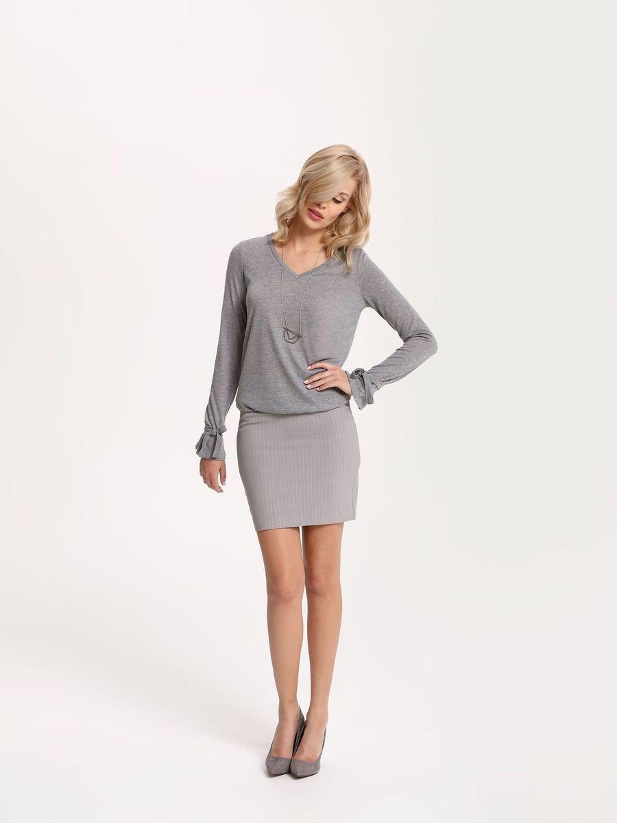 Пуловер женский Top Secret, цвет: темно-серый. SSW2122ST. Размер 42 (50)SSW2122STПуловер женский Top Secret выполнен из полиэстера и вискозы. Модель с V-образным вырезом горловины и длинными рукавами.