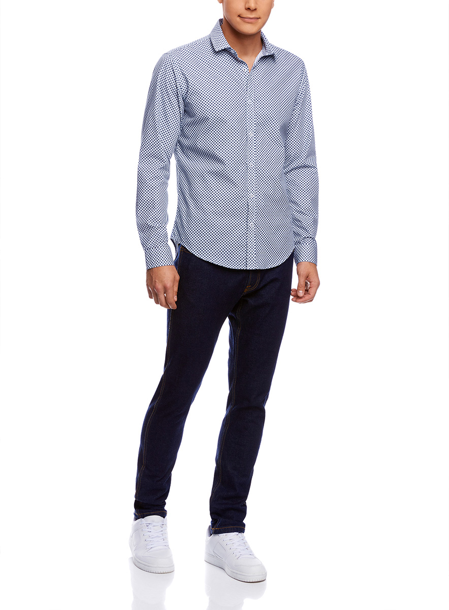 Рубашка мужская oodji Lab, цвет: голубой, белый. 3L110195M/19370N/7010C. Размер 43-182 (54-182)3L110195M/19370N/7010CМужская рубашка от oodji выполнена из натурального хлопка. Модель приталенного кроя с длинными рукавамизастегивается на пуговицы.