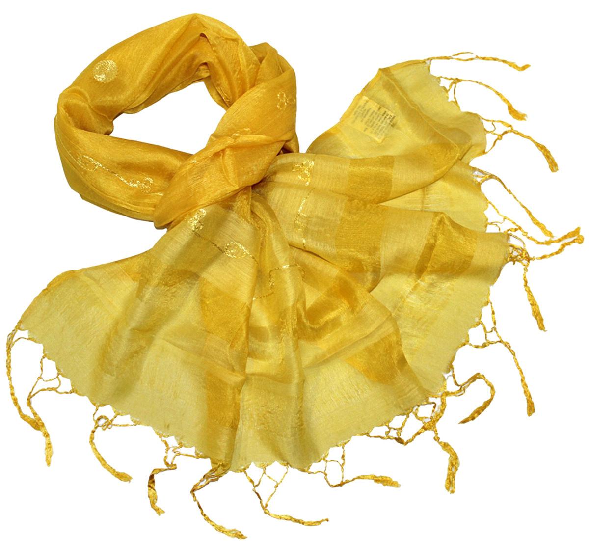 Шарф женский Ethnica, цвет: лимонный. 916225. Размер 55 см х 180 см916225Женский шарф Ethnica, изготовленный из 100% шелка, подчеркнет вашу индивидуальность. Благодаря своему составу, он легкий, мягкий и приятный на ощупь. Изделие оформлено оригинальным орнаментом.Такой аксессуар станет стильным дополнением к гардеробу современной женщины.