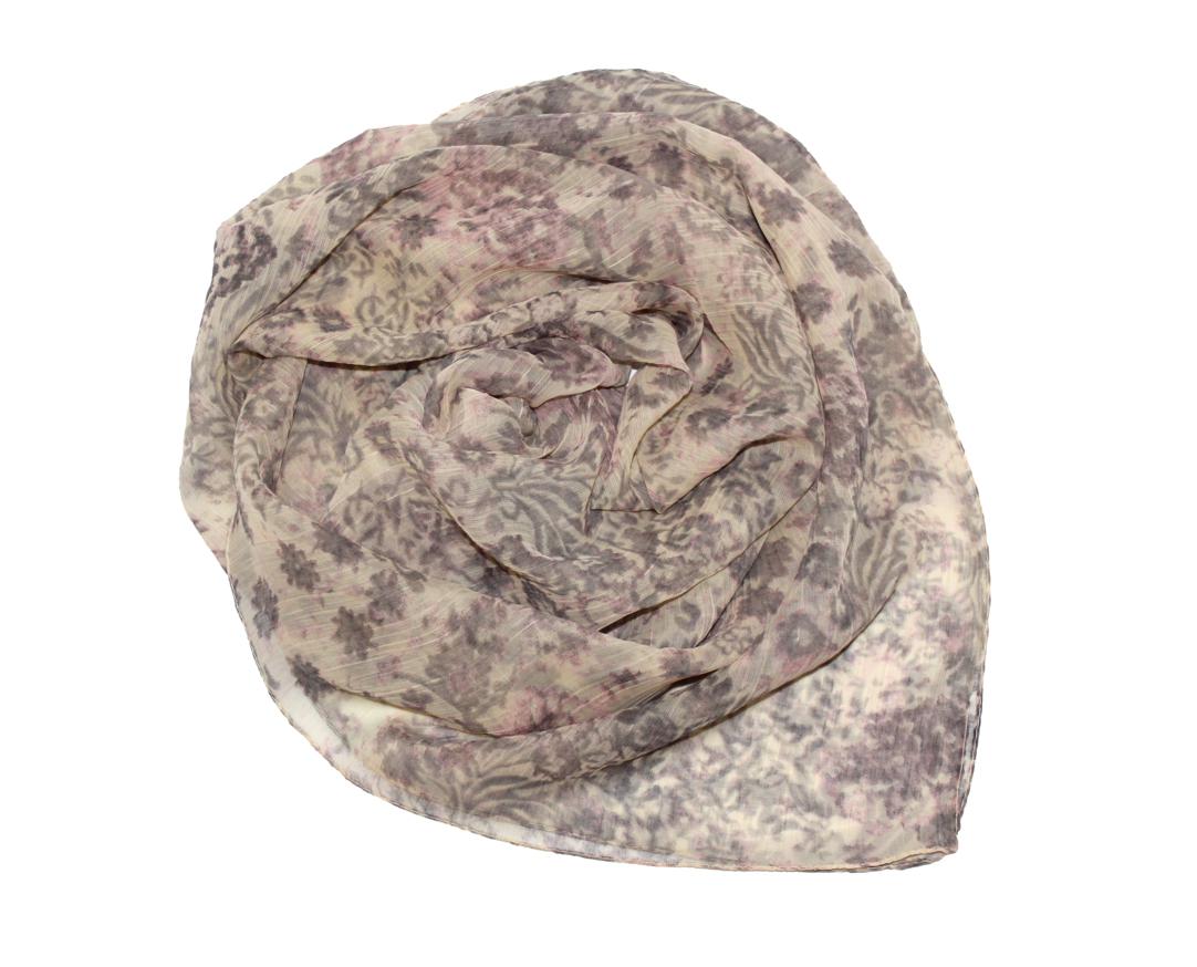 Платок женский Ethnica, цвет: бежевый, серый. 524040н. Размер 90 см х 90 см524040н_72Платок Ethnica, выполненный из вискозы, гармонично дополнит образ современной женщины. Благодаря своему составу, он легкий, мягкий и приятный на ощупь. Модель оформлена оригинальным принтом. Классическая квадратная форма позволяет носить платок на шее, украшать им прическу или декорировать сумочку. С таким платком вы всегда будете выглядеть женственно и привлекательно.