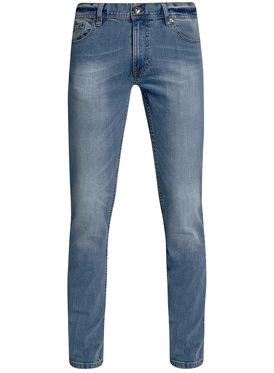Джинсы мужские oodji Basic, цвет: голубой джинс. 6B120048M/46627/7400W. Размер 33-32 (52-32)6B120048M/46627/7400WМужские джинсы oodji Basic выполнены из высококачественного материала. Модель средней посадки по поясу застегивается на пуговицу и имеют ширинку на застежке-молнии, а также шлевки для ремня. Джинсы имеют классический пятикарманный крой: спереди - два втачных кармана и один маленький накладной, а сзади - два накладных кармана.