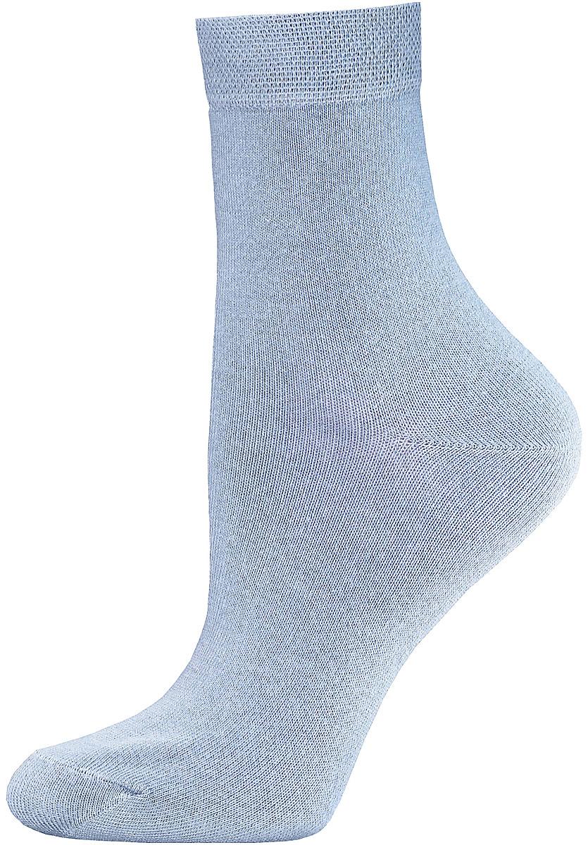 Носки женские Брестские Classic, цвет: голубой. 14С1100/000. Размер 2314С1100/000Женские гладкие носки Брестские Classic изготовлены из хлопка с добавлением полиэстера и эластана. Однотонная модель средней длины имеет мягкую комфортную резинку.