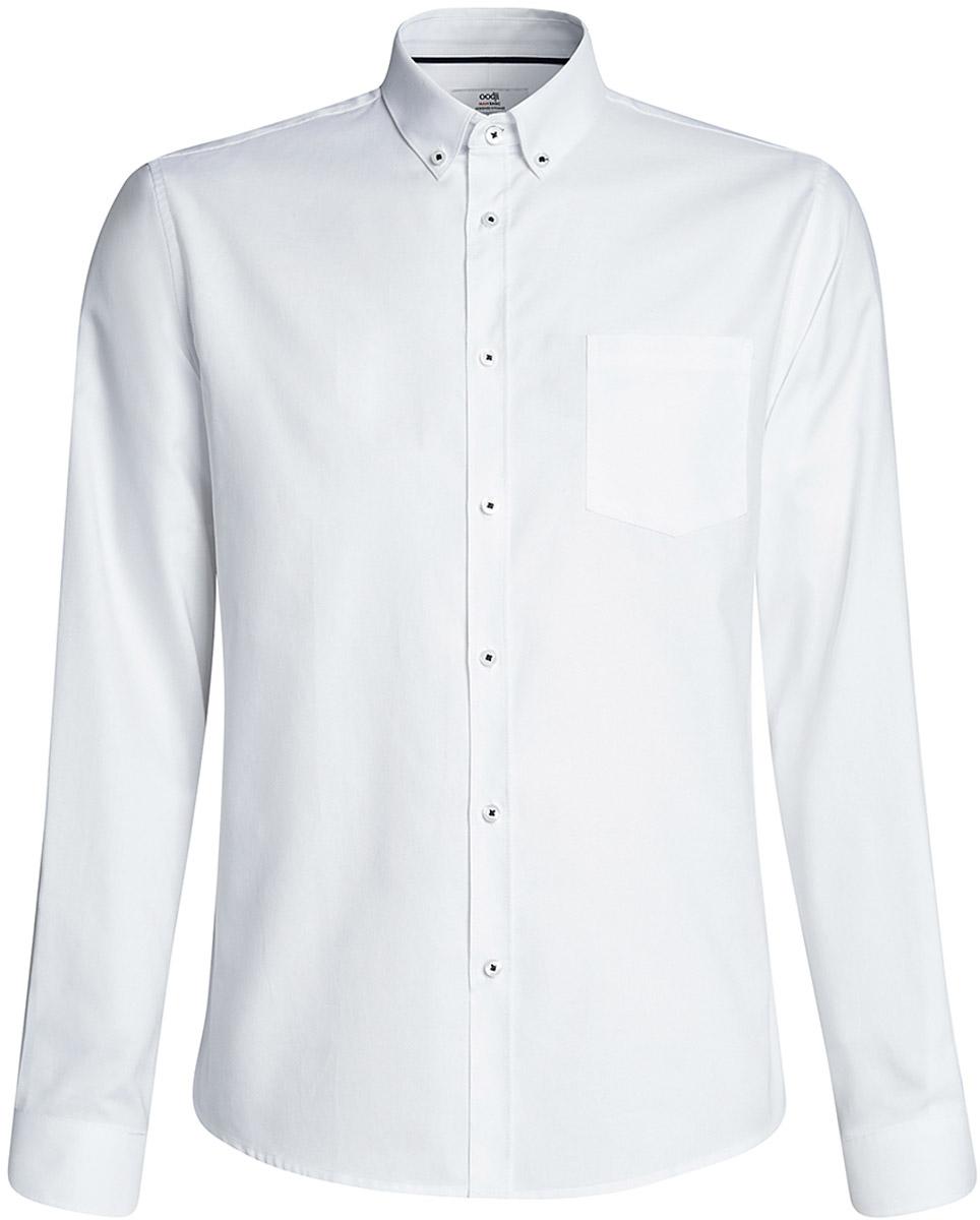 Рубашка мужская oodji Basic, цвет: белый. 3B110007M/34714N/1000N. Размер 38-182 (44-182)3B110007M/34714N/1000NМужская рубашка oodji, выполненная из натурального хлопка, застегивается на пуговицы. Модель приталенного силуэта с длинными рукавами, закругленным низом и отложным воротничком баттен-даун имеет слева на груди карман. Воротник с пуговицами на углах придает рубашке элегантности. Натуральный хлопок приятен на ощупь, не раздражает кожу, дышит.