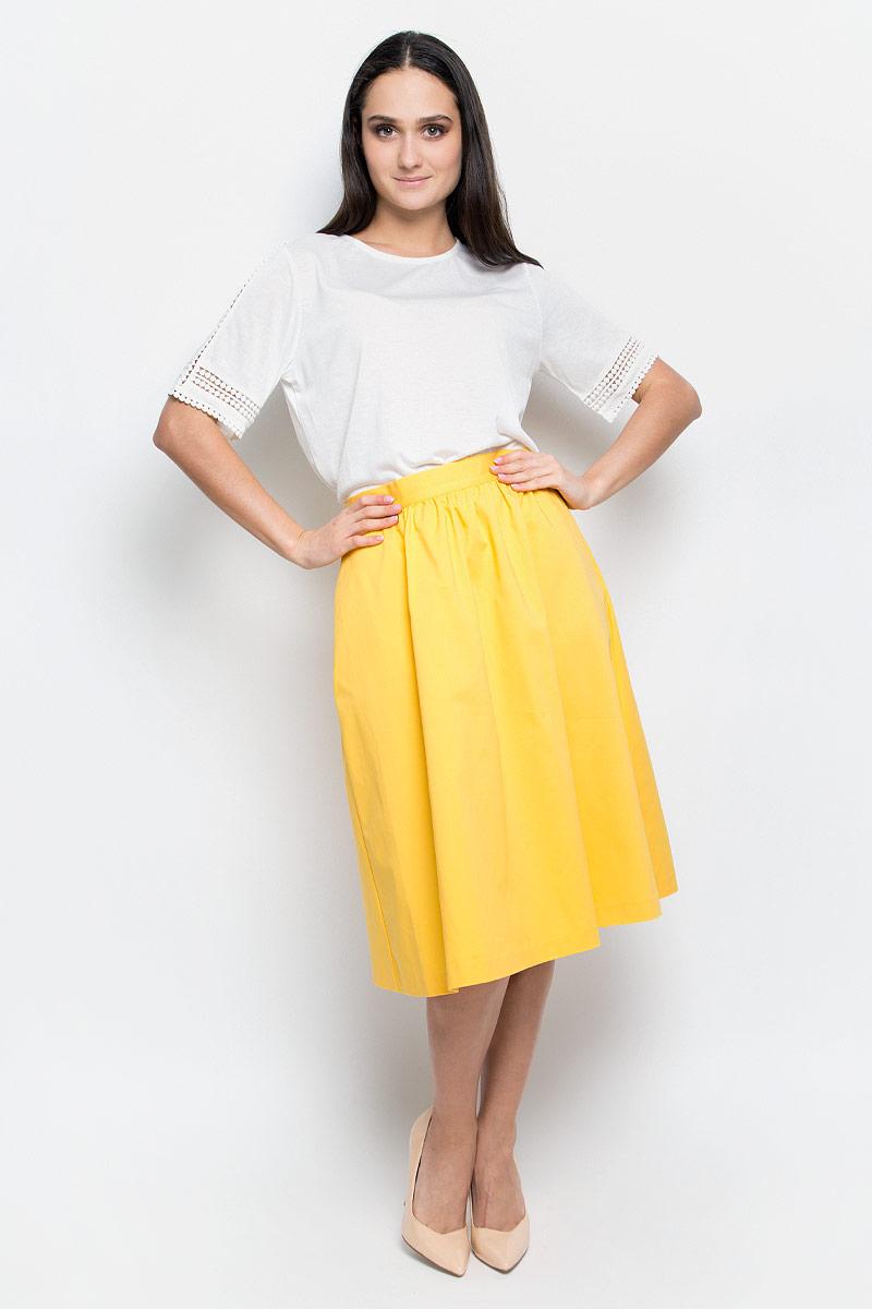 Юбка Baon, цвет: желтый. B477009. Размер S (44)B477009_OprimentЮбка Baon выполнена из плотной драпирующейся ткани и оформлена сборкой на поясе. Модель застегивается на потайную застежку-молнию сзади. По бокам расположены прорезные карманы.