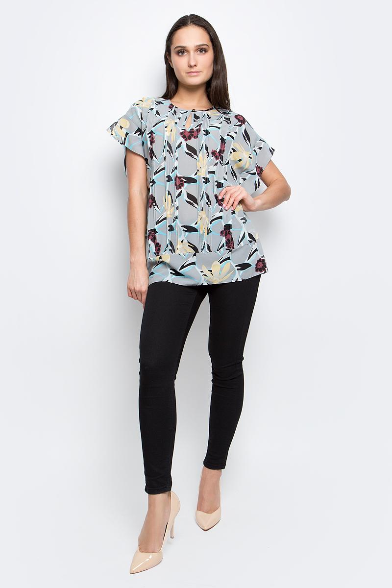 Блузка женская Baon, цвет: серый. B197002. Размер M (46)B197002_Anhydrite PrintedЖенская блузка Baon выполнена из 100% полиэстера. Модель с круглым вырезом горловины оформлена цветочным принтом.