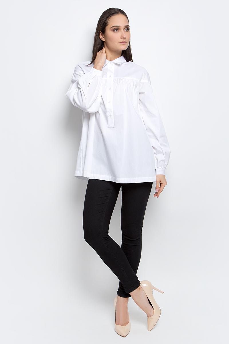 Рубашка женская Baon, цвет: белый. B177025. Размер M (46)B177025_WhiteЖенская рубашка Baon выполнена из хлопка с добавлением полиамида и эластана.Модель с отложным воротником и длинными рукавами застегивается на пуговицы.