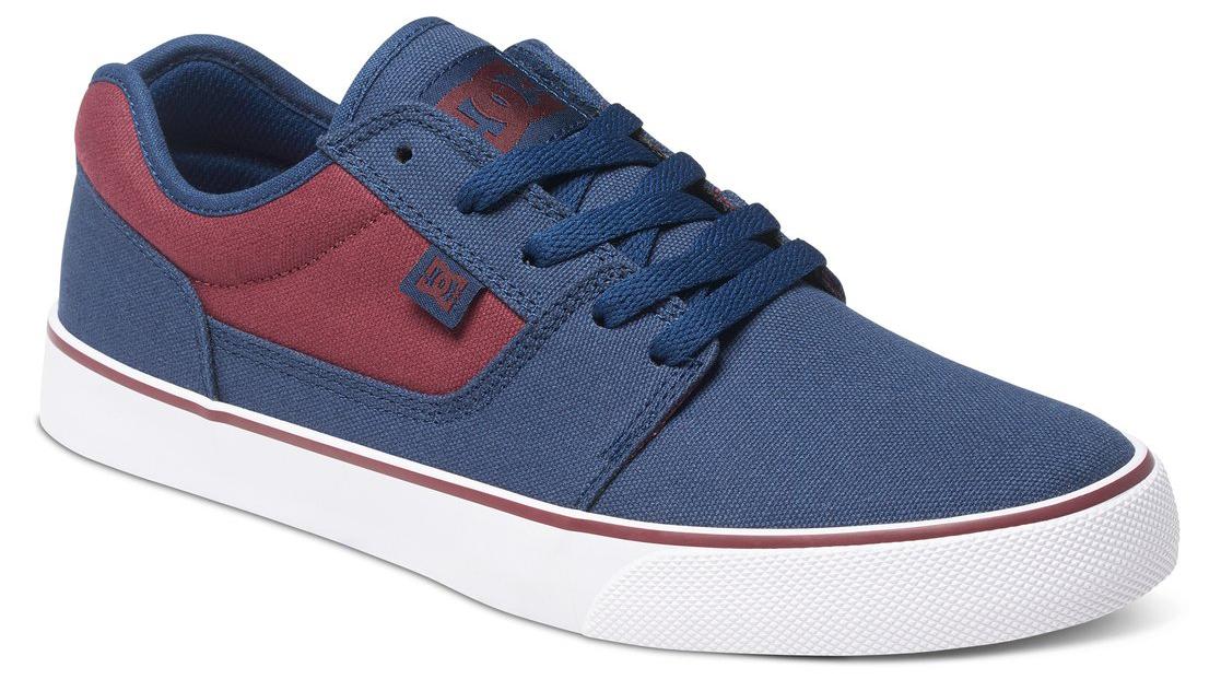 Кеды мужские DC Shoes Tonik TX, цвет: синий, бордовый. 303111-410. Размер 11,5D (44,5)303111-410Стильные мужские кеды DC Shoes Tonik TX - отличный вариант на каждый день.Модель выполнена из текстиля. Шнуровка надежно фиксирует обувь на ноге. Резиновая подошва с протектором гарантирует отличное сцепление с поверхностью. В таких кедах вашим ногам будет комфортно и уютно.