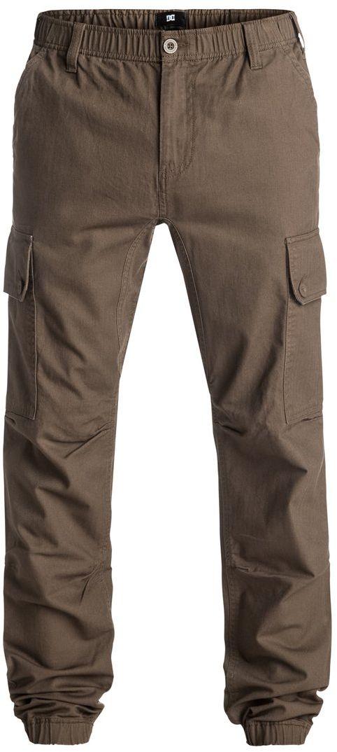 Брюки мужские DC Shoes, цвет: коричневый. EDYNP03112-TMS0. Размер M (48/50)EDYNP03112-TMS0Брюки мужские DC Shoes изготовлены из 100% хлопка. Модель имеет узкий крой с дополнительно зауженными внизу штанинами. Брюки застегиваются на ширинку с молнией и пуговицу в поясе. Пояс и низ брючин дополнен эластичной резинкой. Спереди расположены два вшитых кармана, сзади также два вшитых кармана, а по бокам - два больших накладных кармана-карго, закрывающихся клапаном на пуговицы. На поясе имеются шлевки для ремня.