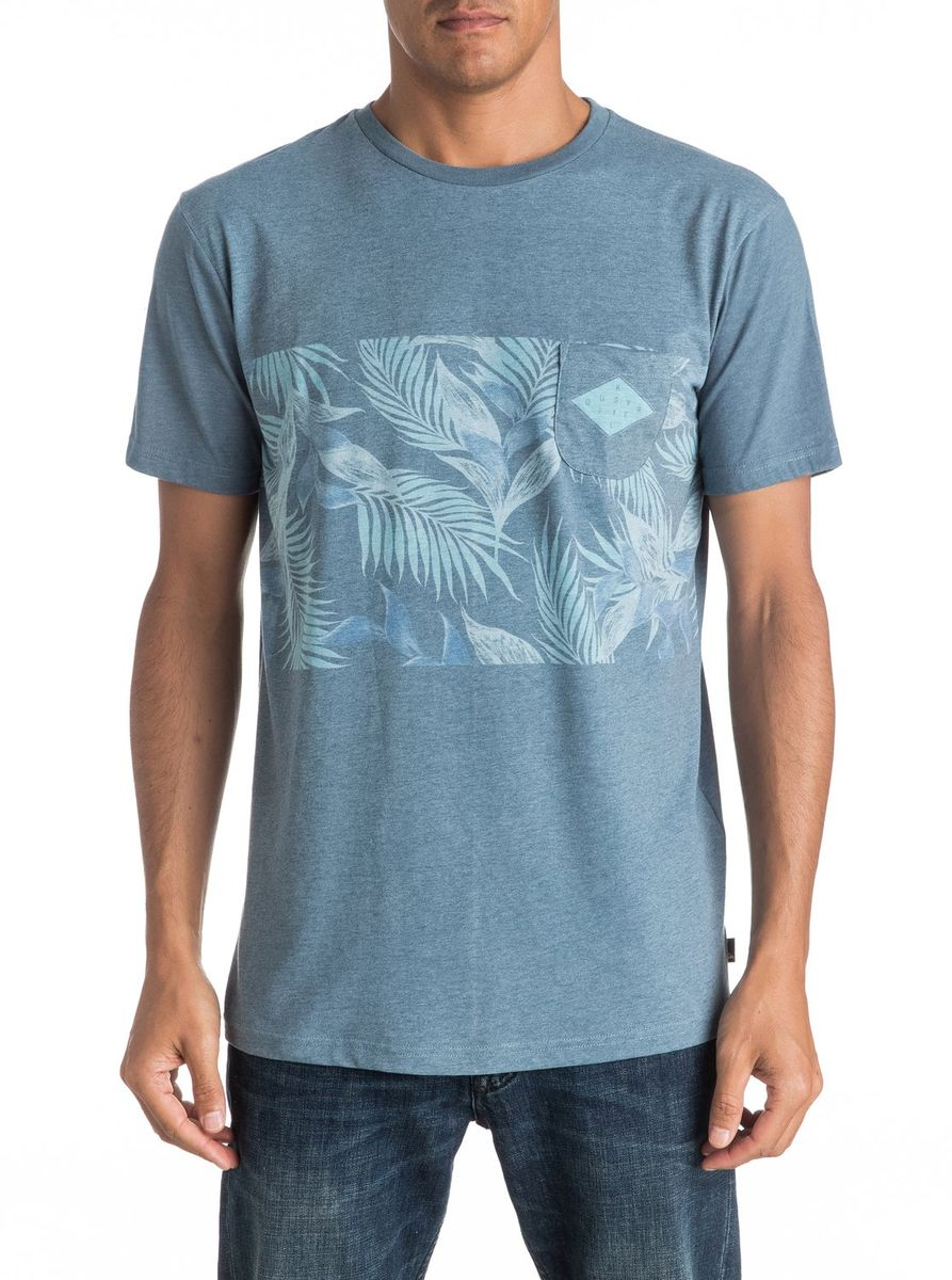 Футболка мужская Quiksilver, цвет: голубой. EQYKT03545-BRQ0. Размер L (50/52)EQYKT03545-BRQ0Мужская футболка Quiksilver изготовлена из качественного материала. Модель выполнена с круглой горловиной и короткими рукавами. На груди модель дополнена карманом.