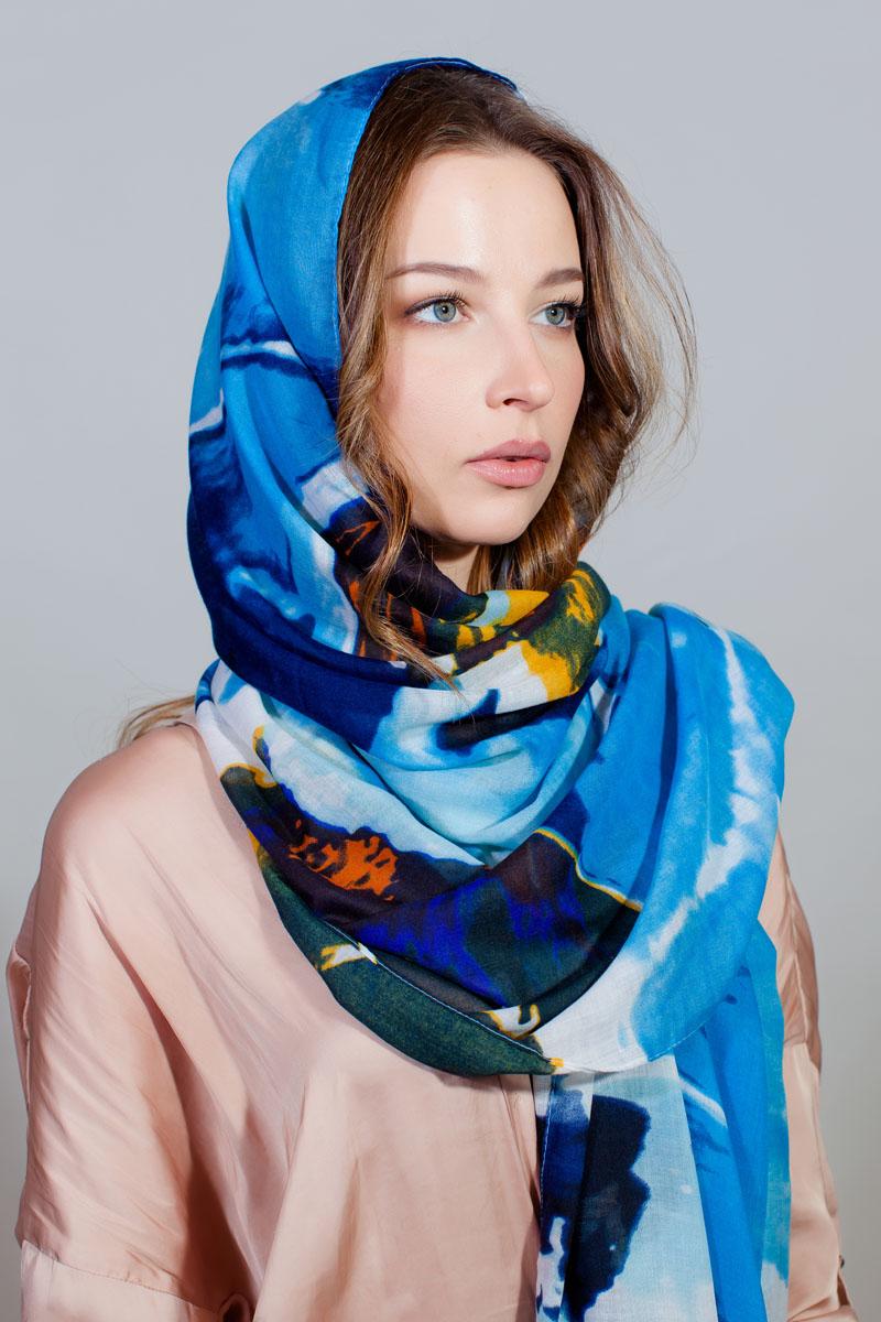 Палантин Sophie Ramage, цвет: голубой, оранжевый, черный. YY-11733-12. Размер 90 см х 180 смYY-11733-12Стильный палантин Sophie Ramage изготовлен из модала и шелка. Изделие оформлено оригинальным принтом.