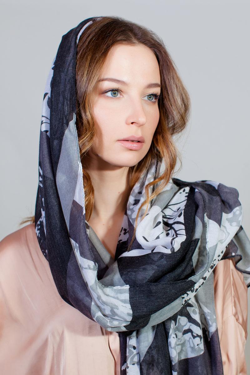 Палантин Sophie Ramage, цвет: серый, белый. YY-11732-5. Размер 80 см х 180 смYY-11732-5Стильный палантин Sophie Ramage изготовлен из модала и шелка. Изделие оформлено оригинальным принтом.