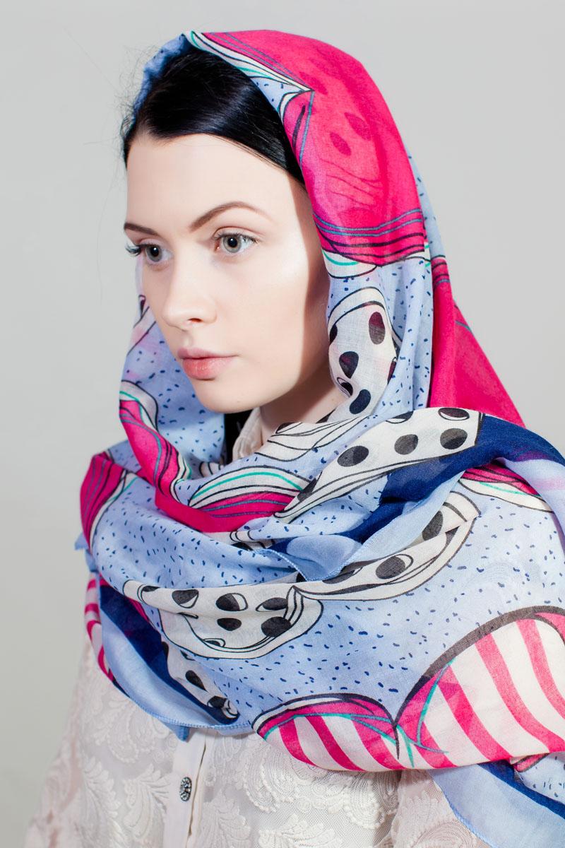 Палантин Sophie Ramage, цвет: голубой, красный, белый. YY-11730-3. Размер 90 см х 180 смYY-11730-3Стильный палантин Sophie Ramage изготовлен из шелка и полиэстера. Изделие оформлено оригинальным принтом.