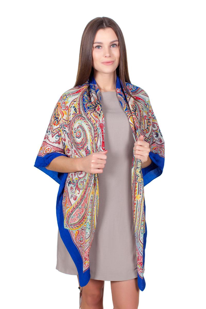 Платок женский Sophie Ramage, цвет: синий, белый, красный. YY-11712-16. Размер 110 см х 110 смYY-11712-16Стильный платок изготовлен из качественной смесовой ткани. Изделие оформлено оригинальным принтом.