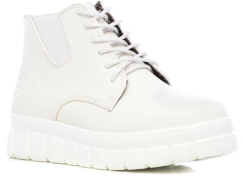 Ботинки женские Dino Ricci Trend, цвет: белый. 277-06-04(T). Размер 36277-06-04(T)Женские ботинки от Dino Ricci Trend выполнены из искусственной кожи и оформлены оригинальным тиснением. По бокам имеются эластичные вставки. Подъем модели дополнен шнуровкой. Подкладка и стелька изготовлены из искусственной кожи. Массивная полимерная подошва оснащена рифлением.