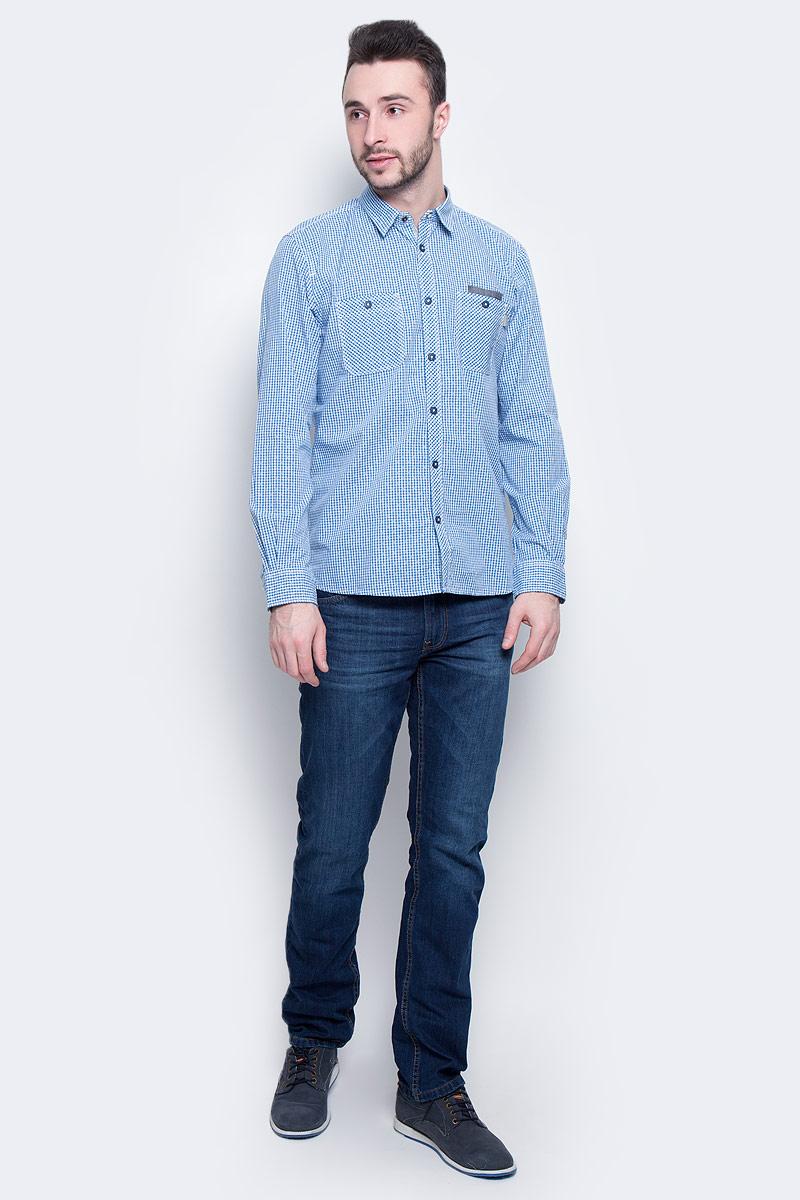 Рубашка мужская Tom Tailor, цвет: синий, белый. 2032971.00.10_6157. Размер XL (52)2032971.00.10_6157Стильная мужская рубашка Tom Tailor изготовлена из натурального 100% хлопка. Она мягкая и приятная на ощупь, не сковывает движения и позволяет коже дышать, обеспечивая наибольший комфорт. Рубашка с отложным воротником и длинными рукавами застегивается на пуговицы. Манжеты рукавов и воротник застегиваются на кнопки. Спереди на груди расположены два накладных кармана на пуговице. Рубашка дополнена принтом в мелкую клетку.