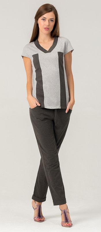 Комплект женский Tesoro: футболка, брюки, цвет: серый, оливковый. 448К2. Размер 48448К2Женский костюм для дома и отдыха, состоит из футболки и брюк. Изготовлен из мягкого трикотажного материала.