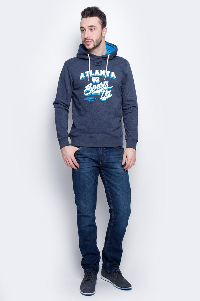 Толстовка мужская Tom Tailor, цвет: синий. 2530933.00.10_6740. Размер S (46)2530933.00.10_6740Мужская толстовка Tom Tailor с длинными рукавами и капюшоном изготовлена из хлопка с добавлением полиэстера.Объем капюшона регулируется при помощи шнурка-кулиски. Толстовка украшена принтом с логотипом бренда на груди. Низ и рукава изделия дополнены широкими эластичными манжетами.
