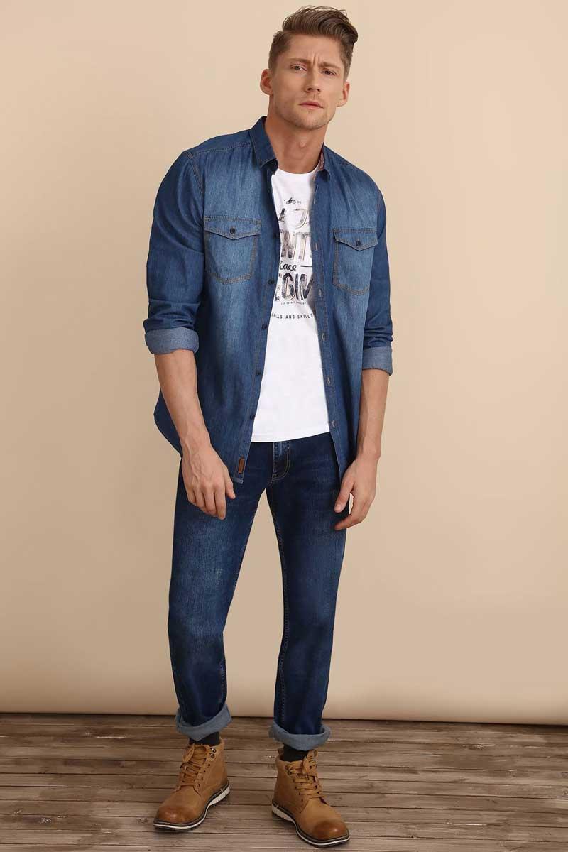 Рубашка мужская Top Secret, цвет: синий. SKL2223NI. Размер 42/43 (50)SKL2223NIРубашка мужская Top Secret выполнена из 100% хлопка. Модель с отложным воротником и длинными рукавами застегивается на пуговицы.