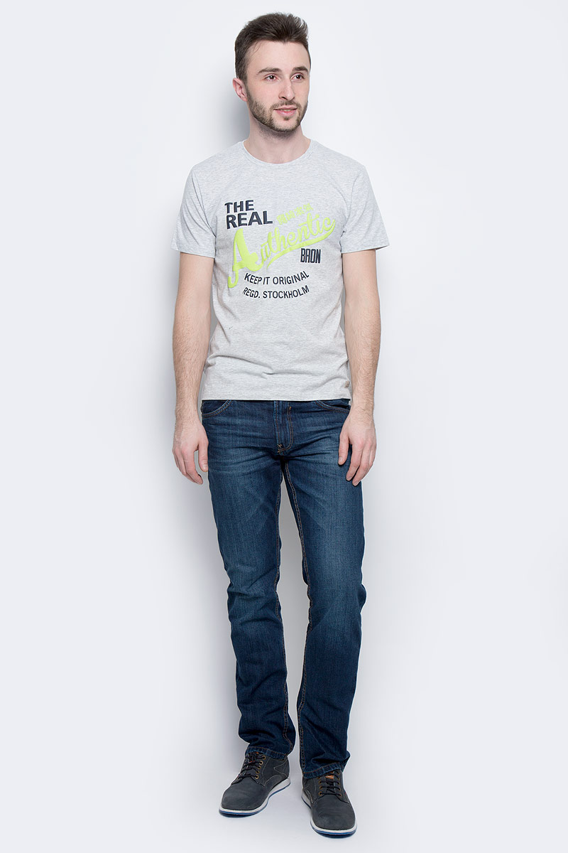 Футболка мужская Baon, цвет: серый. B737302. Размер L (50)B737302_Silver MelangeМужская футболка Baon выполнена из натурального хлопка. Модель с круглым вырезом горловины и короткими рукавами оформлена принтовыми надписями.
