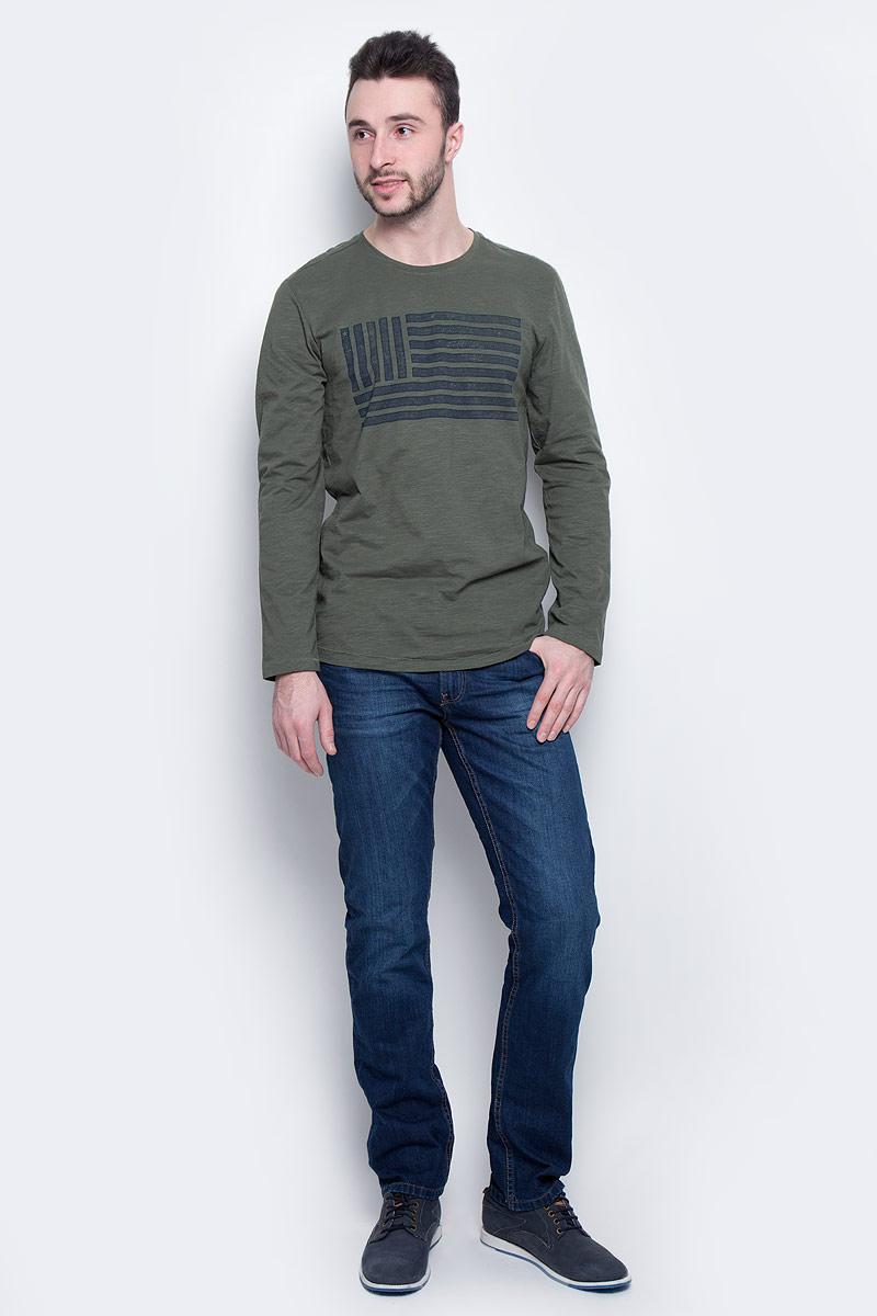 Джинсы мужские Tom Tailor Denim, цвет: темно-синий. 6205038.01.12_1053. Размер 31-34 (46/48-34)6205038.01.12_1053Модные мужские джинсы Tom Tailor Denim выполнены из высококачественного 100% хлопка. Джинсы прямой модели имеют заниженную талию. Застегиваются на пуговицу в поясе и ширинку на молнии. Имеются шлевки для ремня. Спереди расположены два прорезных кармана и один небольшой накладной карман, а сзади - два накладных кармана.