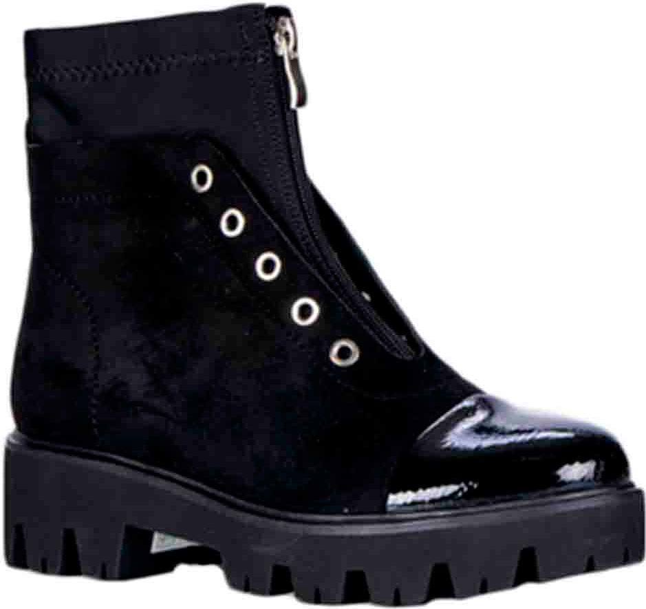 Ботинки женские Vitacci, цвет: черный. 83274-1. Размер 3783274-1Удобные женские ботинки от Vitacci изготовлены из качественной искусственной кожи. Ботинки дополнены декоративной шнуровкой и застежкой-молнией. Практичная стелька из ворсина обеспечит комфорт при носке. Подошва дополнена небольшим каблуком и рифлением.