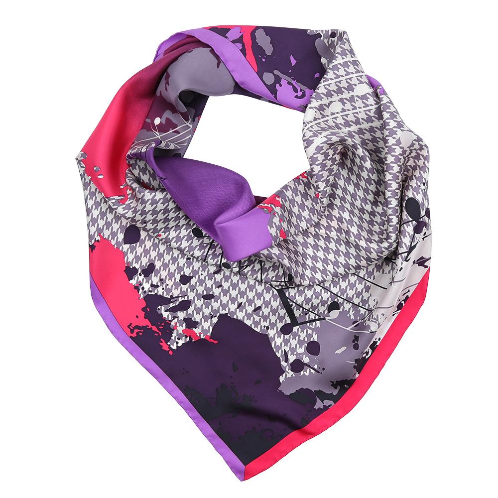 Платок женский Fabretti, цвет: сиреневый, розовый. CX1617-26-2. Размер 90 см х 90 смCX1617-26-2Изысканный женский платок Fabretti выполнен из натурального шелка, который придает изделию неповторимый роскошный блеск и гладкость фактуры. Тонкая и прочная нить, создающая струящуюся ткать, подчеркнет изысканный вкус своей обладательницы.