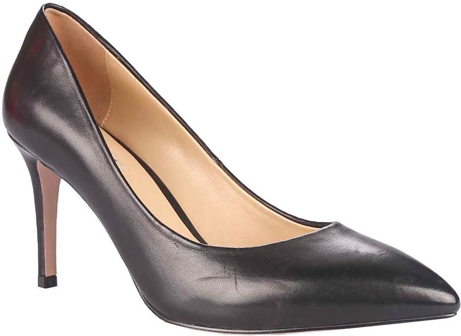 Туфли женские Vitacci, цвет: черный. 49331. Размер 3949331Стильные туфли Vitacci не оставят вас незамеченной! Модель изготовлена из качественной натуральной кожи. Стелька из натуральной кожи обеспечивает комфорт и удобство при ходьбе. Подошва выполнена с высоким тонким каблуком.