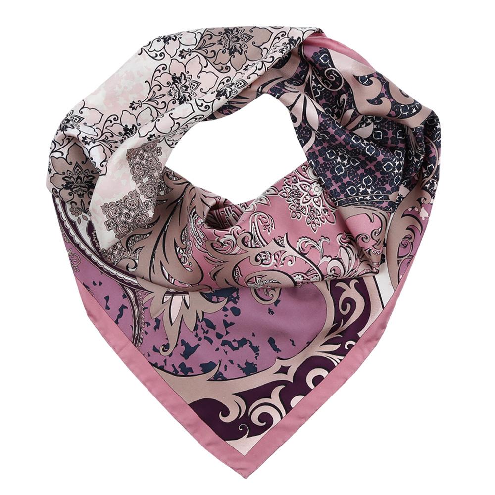 Платок женский Leo Ventoni, цвет: розовый. CX1617-27-3. Размер 90 см х 90 смCX1617-27-3Изысканный женский платок Leo Ventoni выполнен из натурального шелка, который придает изделию неповторимый роскошный блеск и гладкость фактуры. Тонкая и прочная нить, создающая струящуюся ткать, подчеркнет изысканный вкус своей обладательницы.