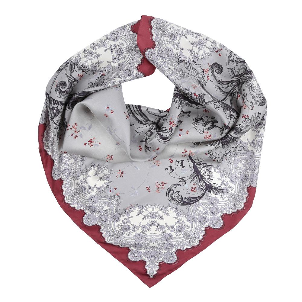 Платок женский Leo Ventoni, цвет: серый, бордовый. CX1617-23-1. Размер 90 см х 90 смCX1617-23-1Изысканный женский платок Leo Ventoni выполнен из натурального шелка, который придает изделию неповторимый роскошный блеск и гладкость фактуры. Тонкая и прочная нить, создающая струящуюся ткать, подчеркнет изысканный вкус своей обладательницы.