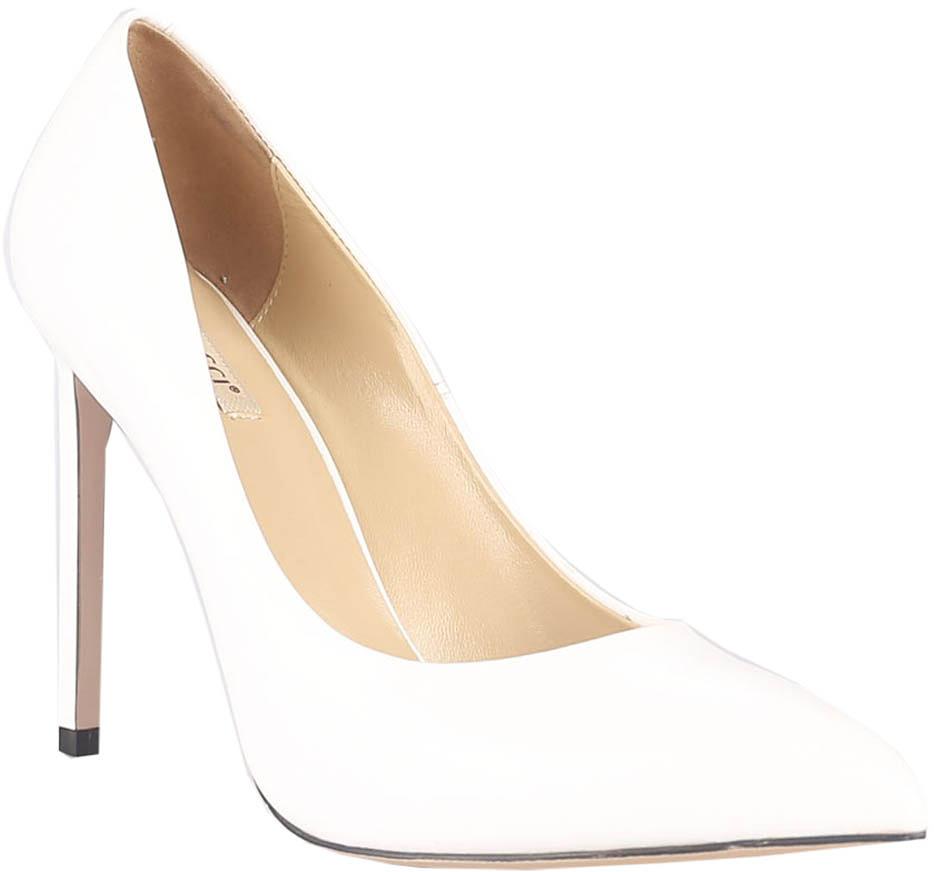 Туфли женские Vitacci, цвет: белый. 49230. Размер 3549230Стильные туфли Vitacci не оставят вас незамеченной! Модель выполнена из качественной натуральной кожи. Стелька из натуральной кожи обеспечивает комфорт и удобство при ходьбе. Подошва выполнена с высоким изящным каблуком.