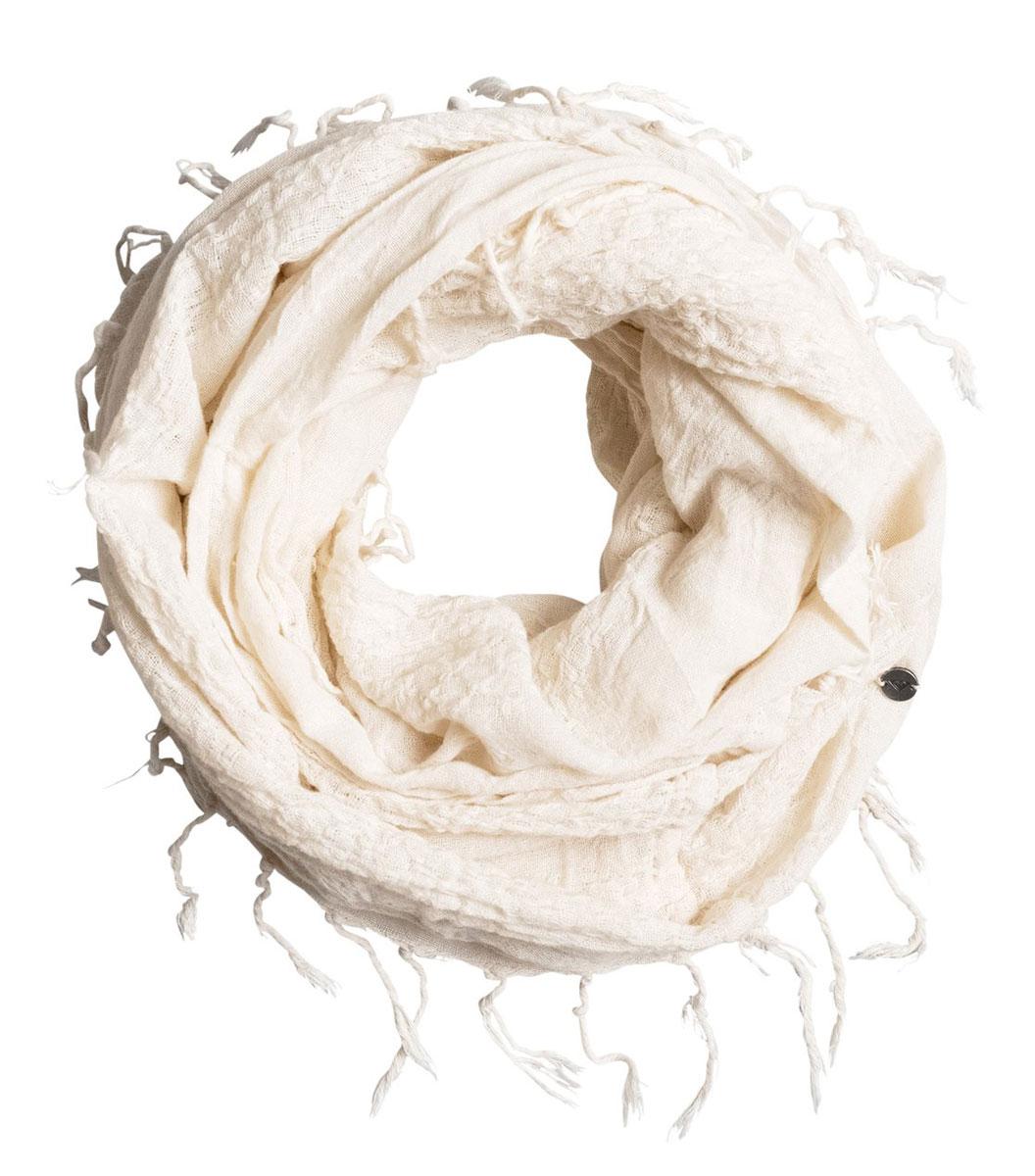 Шарф женский Roxy Song, цвет: молочный. ERJAA03224-WBT0. Размер универсальныйERJAA03224-WBT0Женский шарф Roxy Song позволит вам создать неповторимый и запоминающийся образ. Изделие изготовлено из высококачественного хлопка. Шарф имеет плетеную фактуру с необработанными краями. Модель с легким эффектом металлика декорирована небольшим металлическим значком.