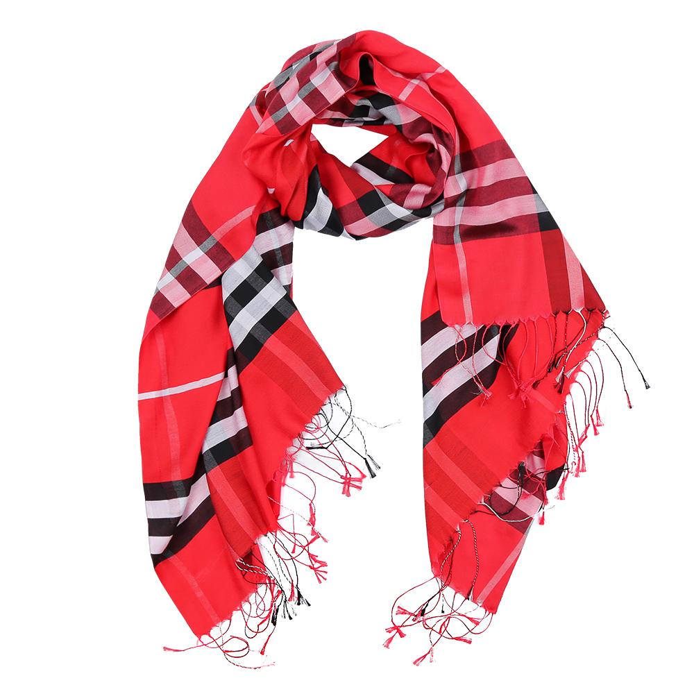 Шарф женский Fabretti, цвет: красный. F112-3. Размер 180 см х 70 смF112-3Элегантный женский шарф от итальянского бренда Fabretti имеет неповторимую мягкость и легкость фактуры. Красочное сочетание цветов позволило дизайнерам создать изысканную модель, которая станет изюминкой любого весеннего образа.