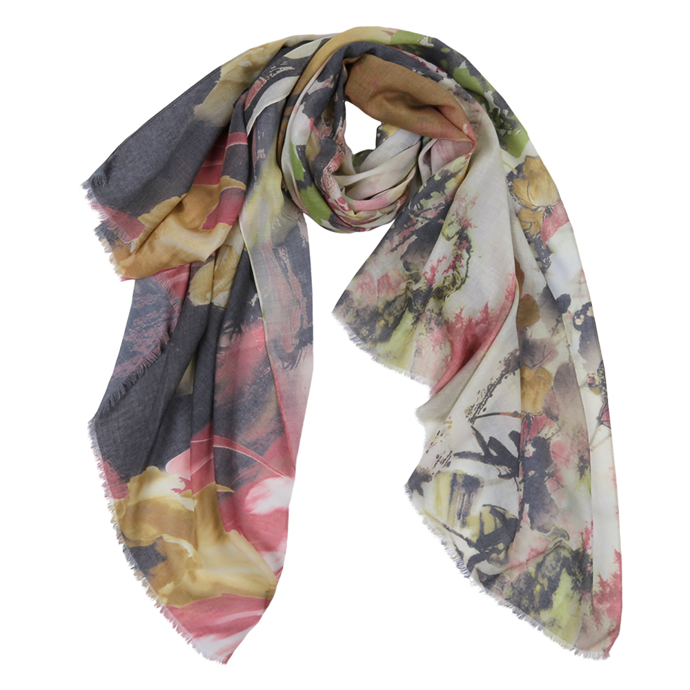 Шарф женский Fabretti, цвет: серый, белый, коричневый. F1539-1. Размер 190 см х 95 смF1539-1Элегантный женский шарф от итальянского бренда Fabretti имеет неповторимую мягкость и легкость фактуры. Красочное сочетание цветов позволило дизайнерам создать изысканную модель, которая станет изюминкой любого весеннего образа.