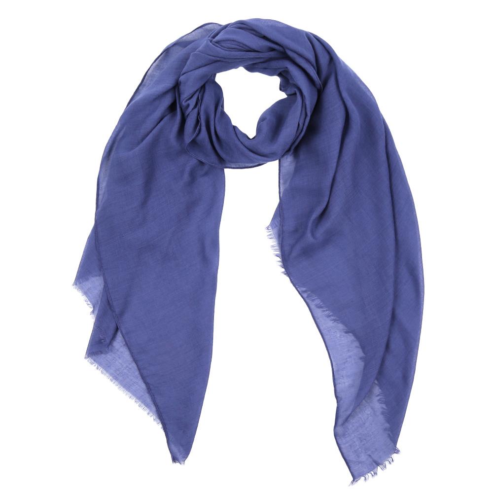 Шарф женский Fabretti, цвет: темно-синий. Leo032-38. Размер 180 см х 90 смLeo032-38Элегантный женский шарф от итальянского бренда Fabretti имеет неповторимую мягкость и легкость фактуры. Красочные цвета позволили дизайнерам создать изысканную модель, которая станет изюминкой любого весеннего образа.
