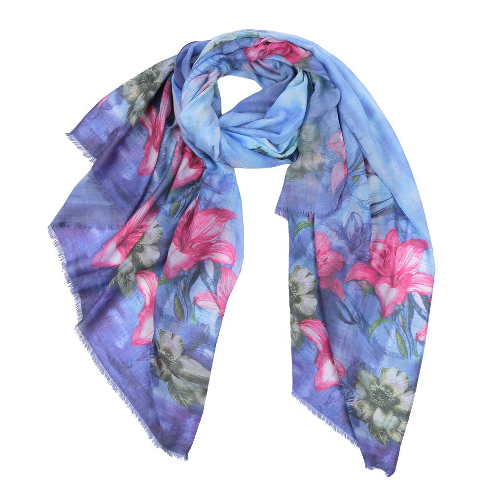 Шарф женский Fabretti, цвет: голубой, розовый. F1531-4. Размер 190 см х 100 смF1531-4Элегантный женский шарф от итальянского бренда Fabretti имеет неповторимую мягкость и легкость фактуры. Красочное сочетание цветов позволило дизайнерам создать изысканную модель, которая станет изюминкой любого весеннего образа.