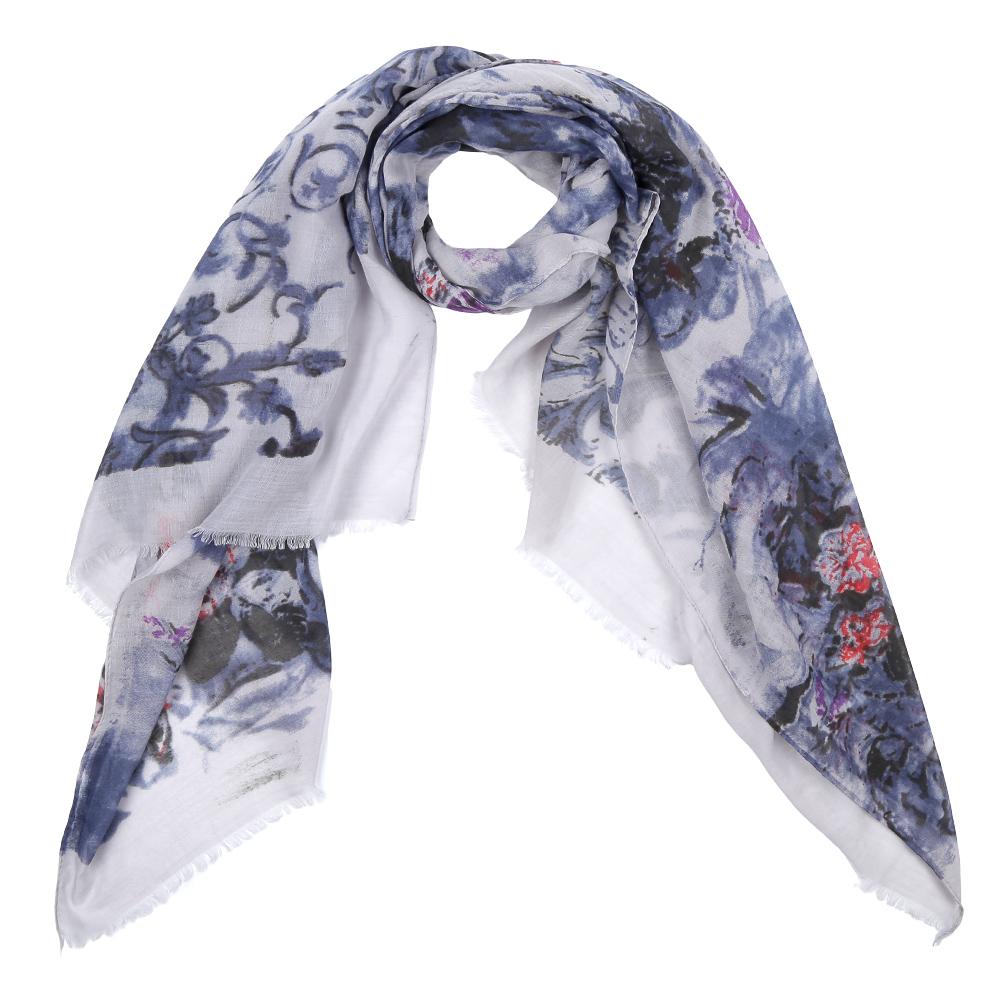 Шарф женский Fabretti, цвет: белый, синий. Leo342-B. Размер 180 см х 90 смLeo342-BЭлегантный женский шарф от итальянского бренда Fabretti имеет неповторимую мягкость и легкость фактуры. Красочное сочетание цветов позволило дизайнерам создать изысканную модель, которая станет изюминкой любого весеннего образа.
