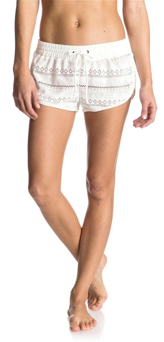 Шорты пляжные женские Roxy Drop Diamond, цвет: белый. ERJBS03060-WBT0. Размер S (42)ERJBS03060-WBT0Женские пляжные шорты Roxy Drop Diamond выполнены из полиэстера и эластана вязкой кроше. Эластичный пояс снабжен шнурком для комфортной посадки. Оригинальные шорты подчеркнут ваш стиль.