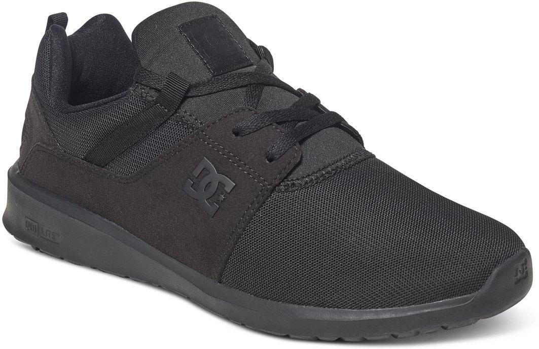 Кроссовки мужские DC Shoes Heathrow M, цвет: черный. ADYS700071-3BK. Размер 9D (42)ADYS700071-3BKСтильные мужские кроссовки DC Shoes Heathrow M - отличный вариант на каждый день.Модель выполнена из текстиля. Шнуровка надежно фиксирует обувь на ноге. Резиновая подошва с протектором гарантирует отличное сцепление с поверхностью. В таких кроссовках вашим ногам будет комфортно и уютно.